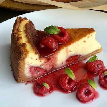 La receta de tarta de queso de Jordi Cruz y tres trucos del chef para que te salga siempre perfecta