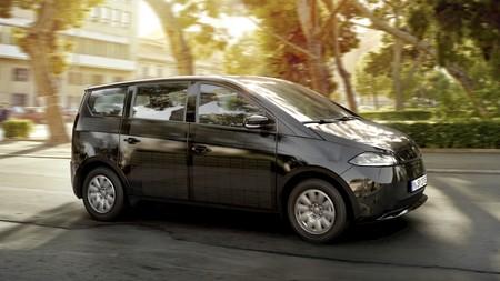 Por fin tenemos todos los detalles del Sono Sion, el coche eléctrico que se carga gracias a sus 248 paneles solares