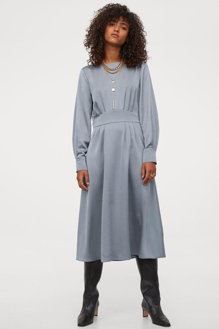 Vestido de satén azul