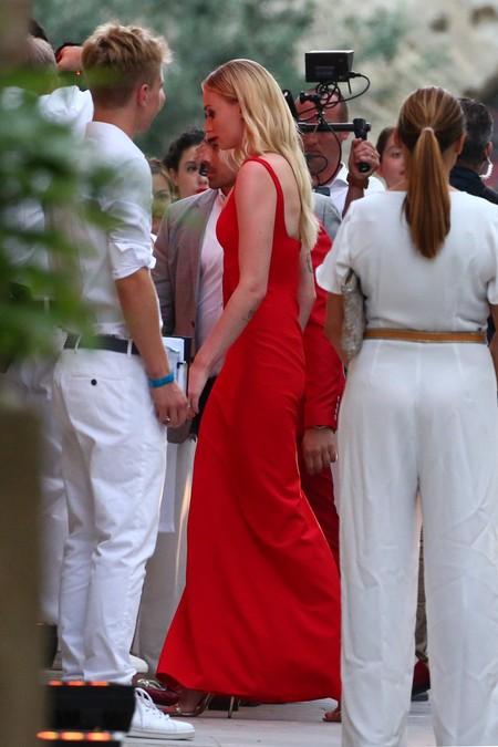 Vestido Rojo Sophie Turner