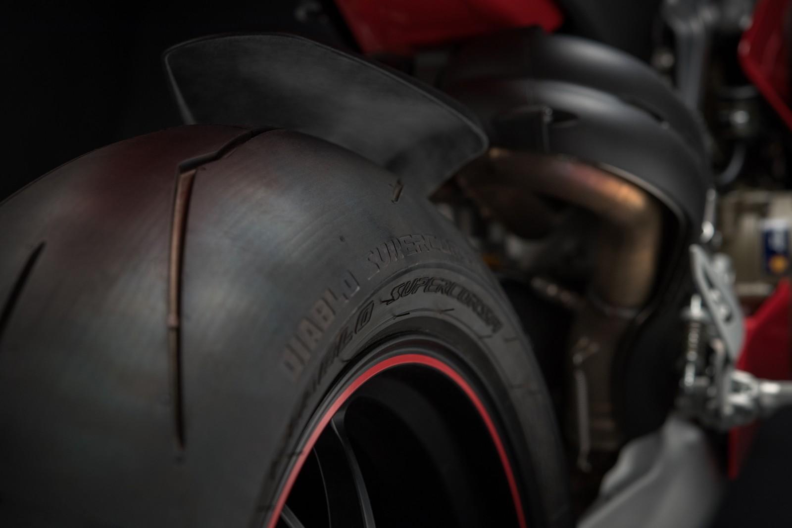 Foto de Ducati Panigale V4 2018 (51/52)