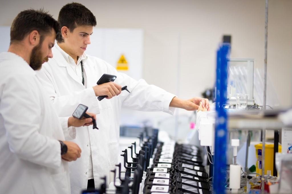 La ciencia contemporánea se ha convertido en una máquina de usar y tirar jóvenes investigadores