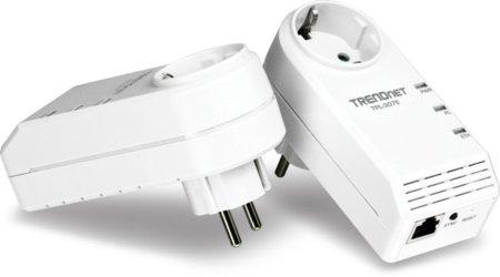 Trendnet propone un adaptador Powerline compacto con toma de corriente