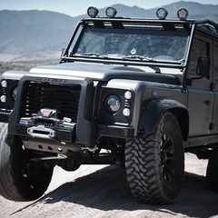 land-rover-himalaya-spectre-defender