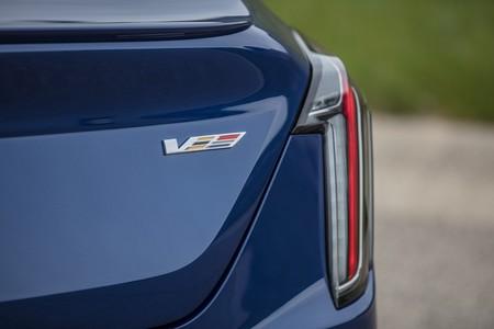Cadillac Ct4 V 7