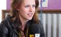 Kristen Stewart, el estilo de una vampiresa de Crepúsculo: ¿estilo de calle o sobre la alfombra roja?