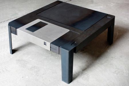Floppytable by Axel Van Exel and Marian Neulant, la mesa de 3.5''