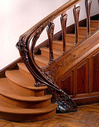majorelle-escalera