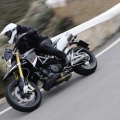 Foto 45 de 103 de la galería aprilia-dorsoduro-1200-mega-galeria-de-fotos-oficiales en Motorpasion Moto