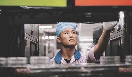 Nuevos planes de Foxconn ante el coronavirus: reabrir la mitad de sus fábricas a finales de mes
