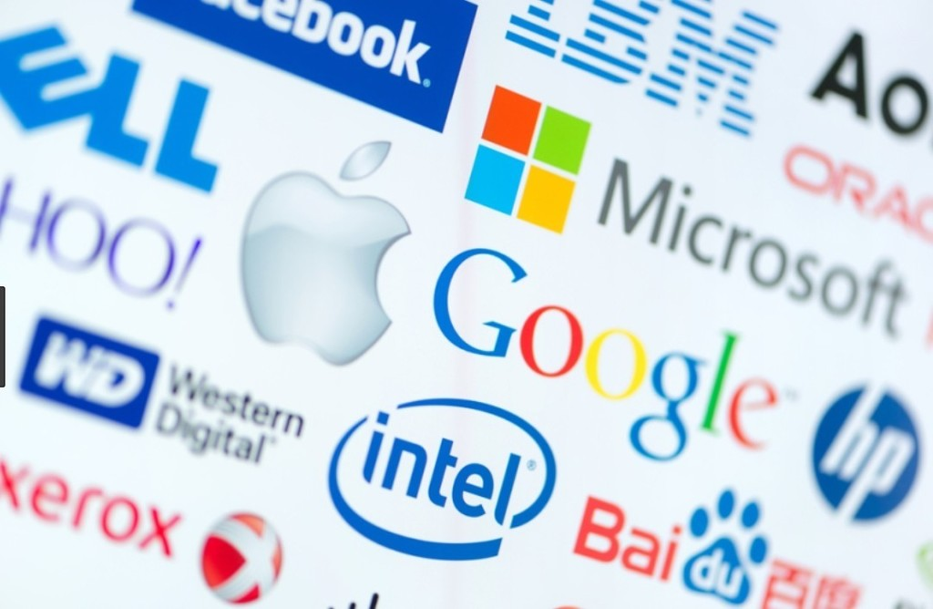 A favor y en contra de la 'tasa Google': esta es la posición de España y Europa sobre el impuesto a las grandes tecnológicas