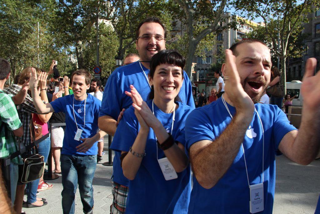 Foto de Inauguración de la Apple Store del paseo de Gracia (9/27)