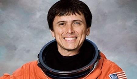 Franklin Chang-Díaz: el primer astronauta latinoamericano de la NASA.