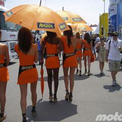 Foto 4 de 18 de la galería de-paseo-por-el-paddock-del-circuit en Motorpasion Moto