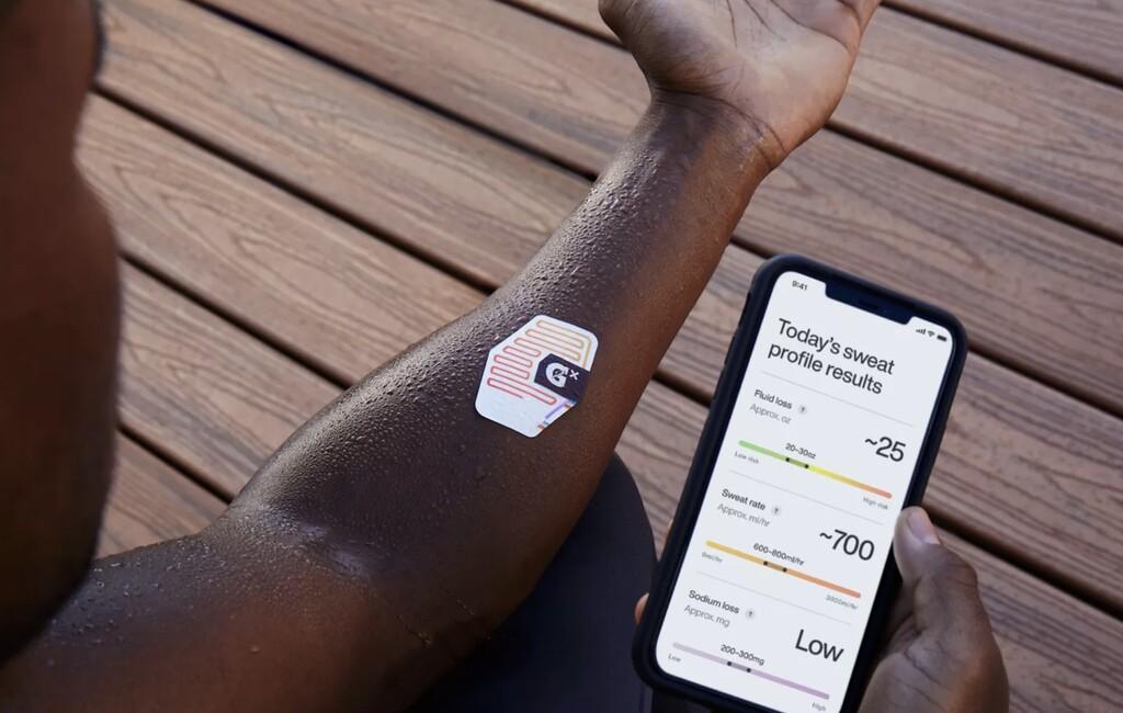 Esta pegatina de Gatorade es un wearable: analiza el sudor para indicar a los atletas cómo y cuándo hidratarse