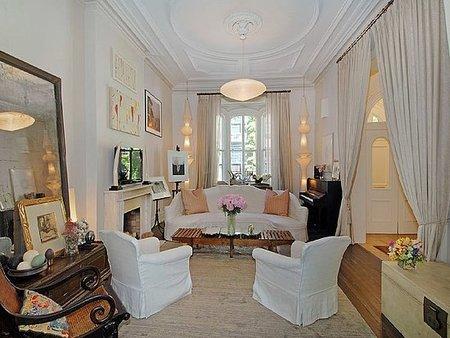 Una sala de estar de Uma Thurman.