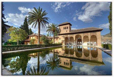 La Alhambra abre al público las casas del Partal