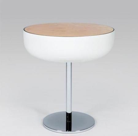 Mesa con espacio de almacenamiento adicional