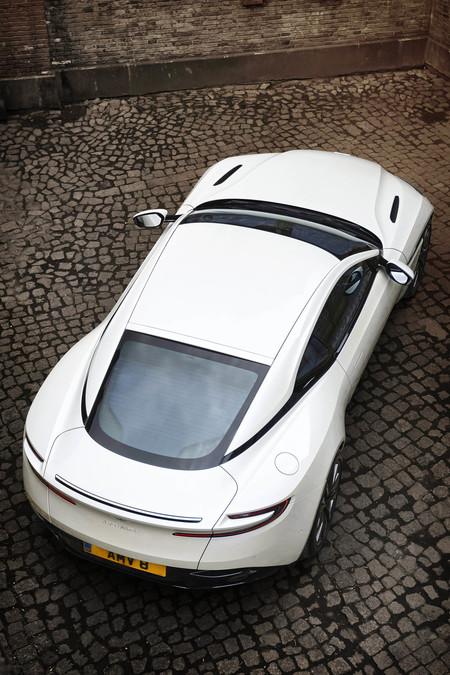 Aston Martin DB11 V8 AMG