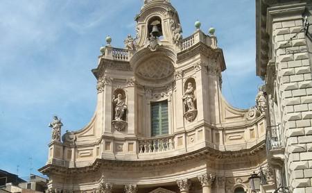 Catania, la ciudad en alza de Sicilia que duerme a los pies del Etna
