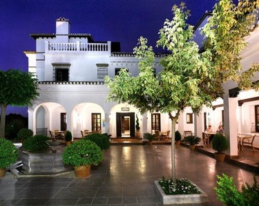 Barceló La Bobadilla, la decoración más cálida en el hotel más lujoso
