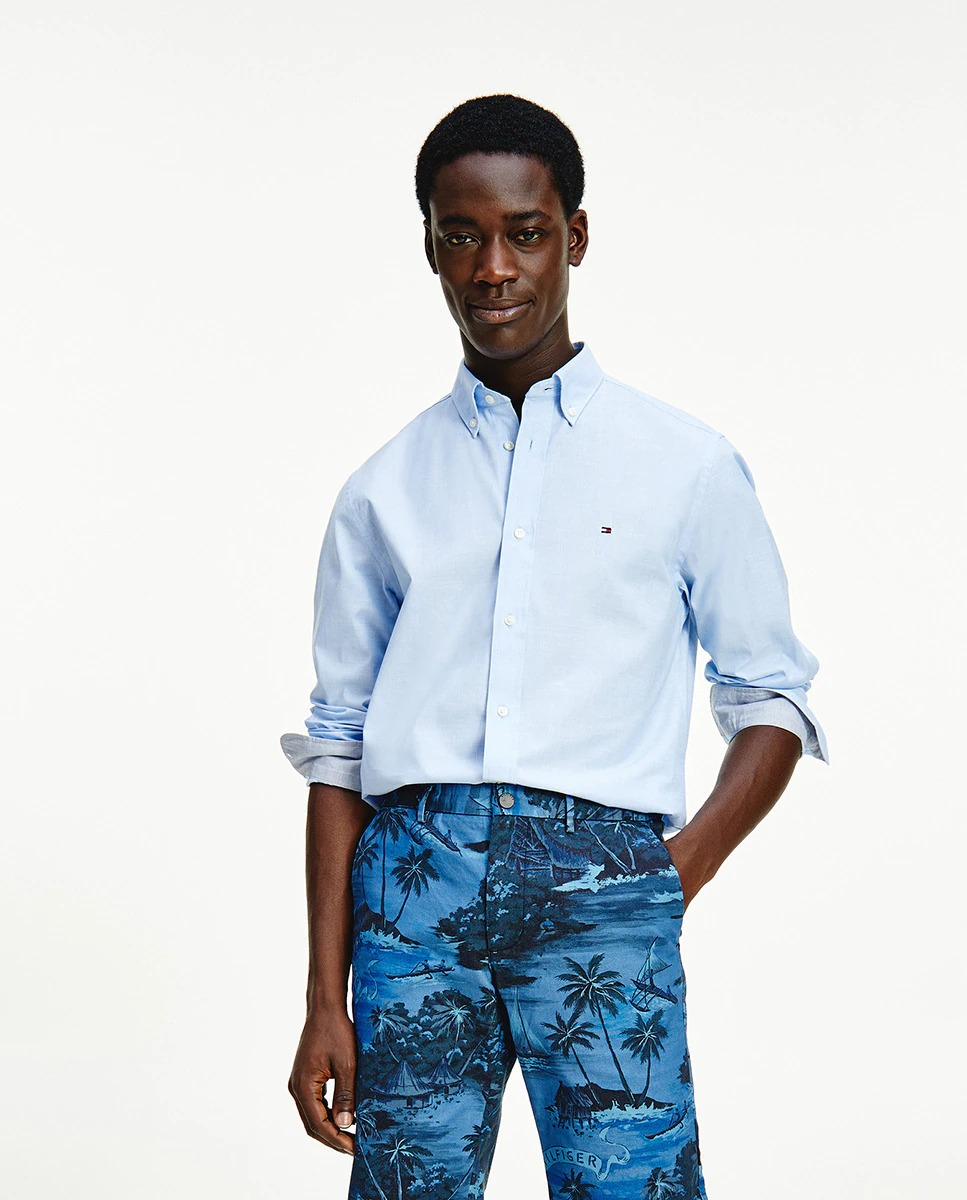 Camisa de hombre regular lisa manga larga azul celeste