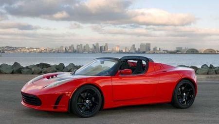 El espectacular Tesla Roadster nos muestra su batería para superar los 600 kilómetros