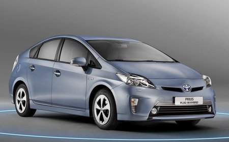 El Toyota Prius Plug-In le gana la batalla de ventas al Opel Ampera en Reino Unido