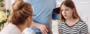 Las 13 cosas que no debes hacer si eres padre o madre de un adolescente