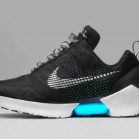 Estas zapatillas de Nike se atan solas y son reales