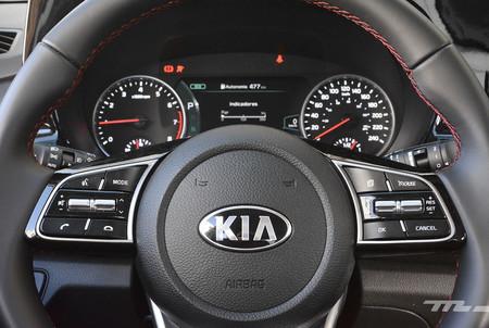 Mazda Cx 30 Vs Kia Seltos 30