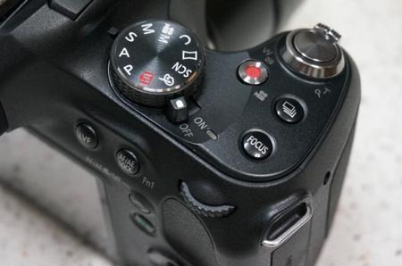 Panasonic Lumix FZ72 Dial de control