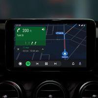 Google actualiza Android Auto con una interfaz más oscura y simplificada que no veremos hasta verano