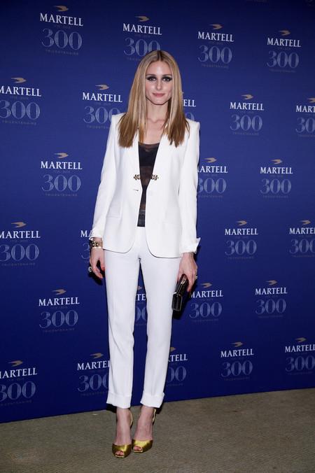 Olivia Palermo Como Combinar Pantalones Blancos 03