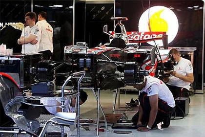 Alonso destaca en los primeros entrenamientos oficiales