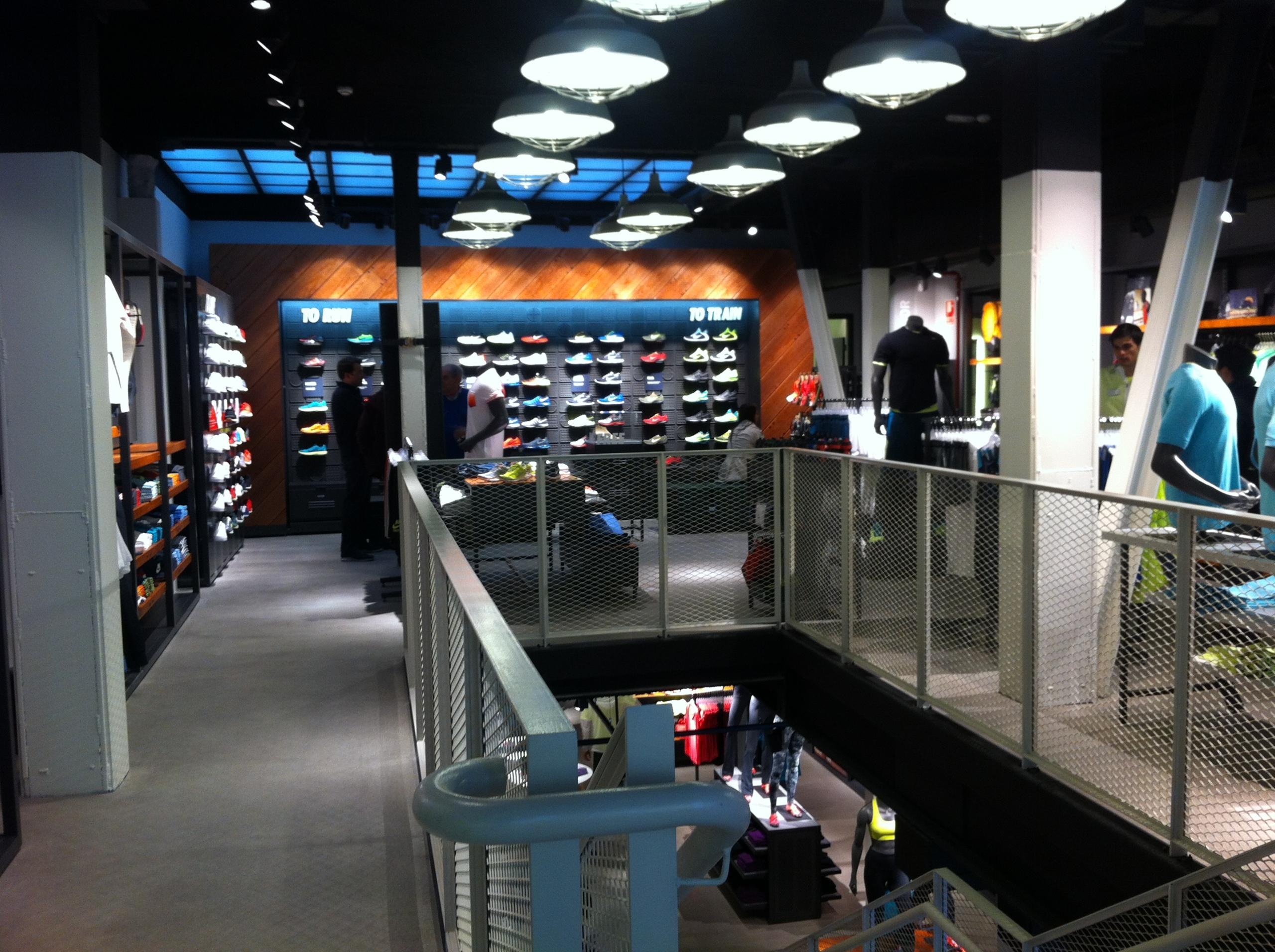 Foto de Nike Store Serrano (1/17)