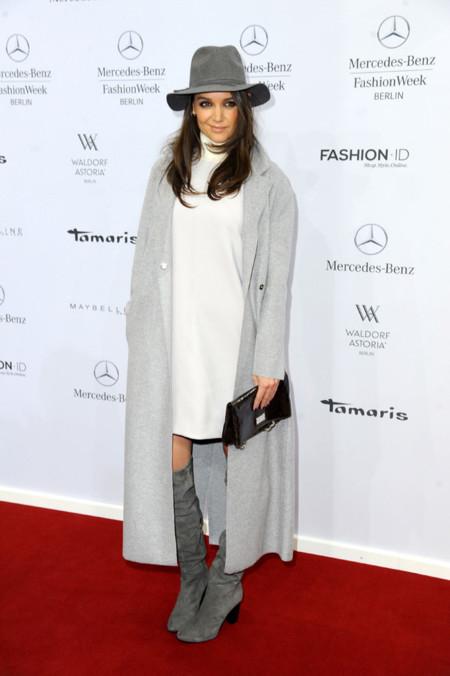 Katie Holmes vestido Look Gris