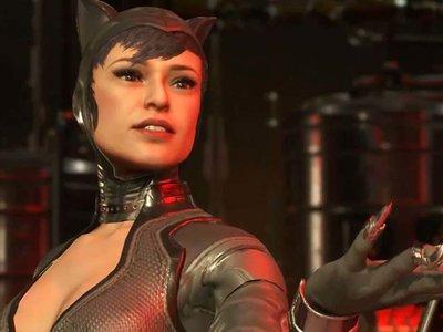 Catwoman muestra sus mejores movimientos en el nuevo video de Injustice 2