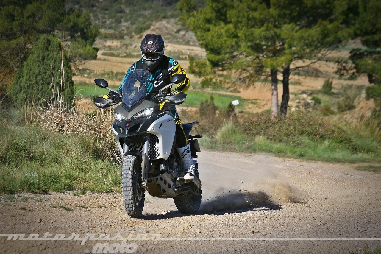 Foto de Ducati Multistrada 1200 Enduro - Acción (12/37)