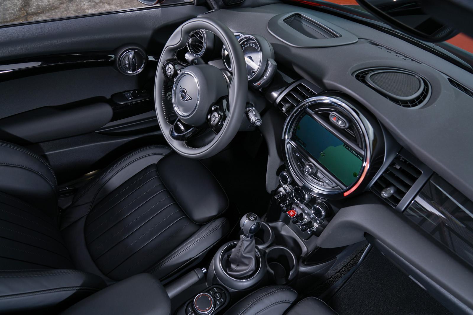 Foto de MINI Cooper S Cabrio 2019 (prueba) (32/61)