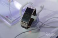 Huawei TalkBand B2, os enseñamos (en vídeo) la nueva pulsera manos libres de Huawei