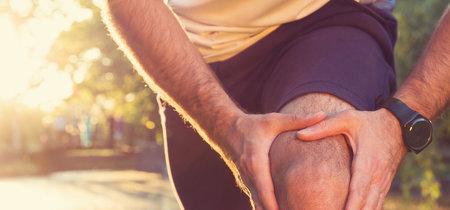 """La """"rodilla del corredor"""" o síndrome de la cintilla iliotibial: así puedes reconocerlo y así es como se trata"""