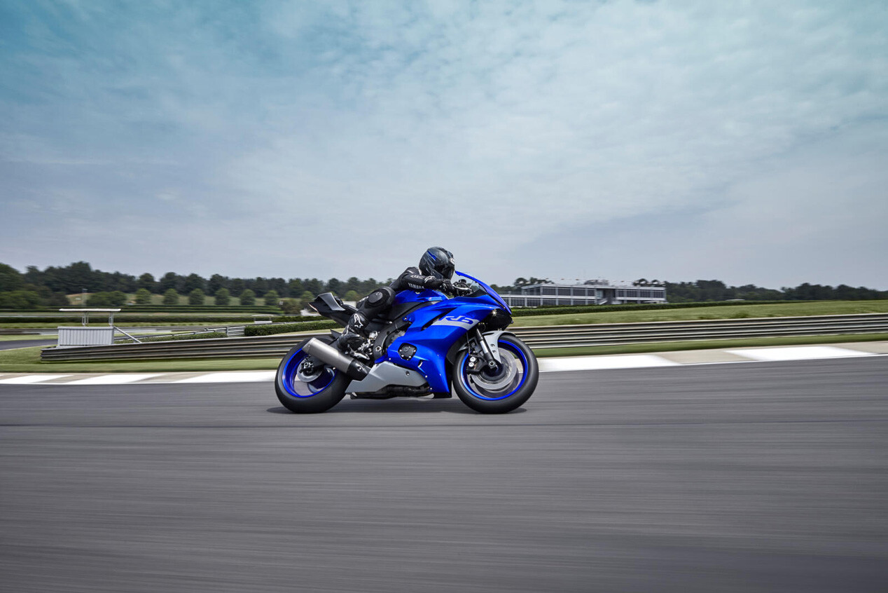 Foto de Yamaha R6 RACE 2021 (2/9)