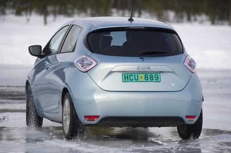 Renault zoe electrico hielo