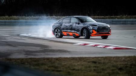Audi E-Tron S lateral delantero