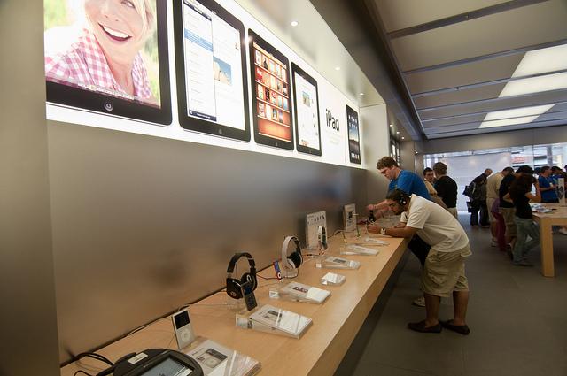 Foto de Apple Store Fashion Valley en San Diego (5/7)