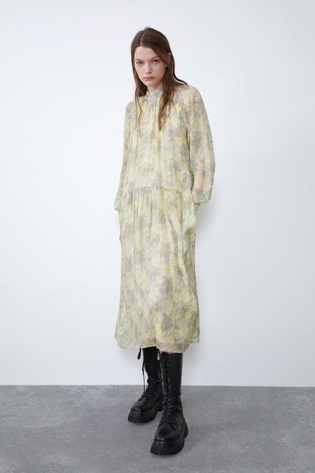 Zara Vestido Midi Estampado Floral 1