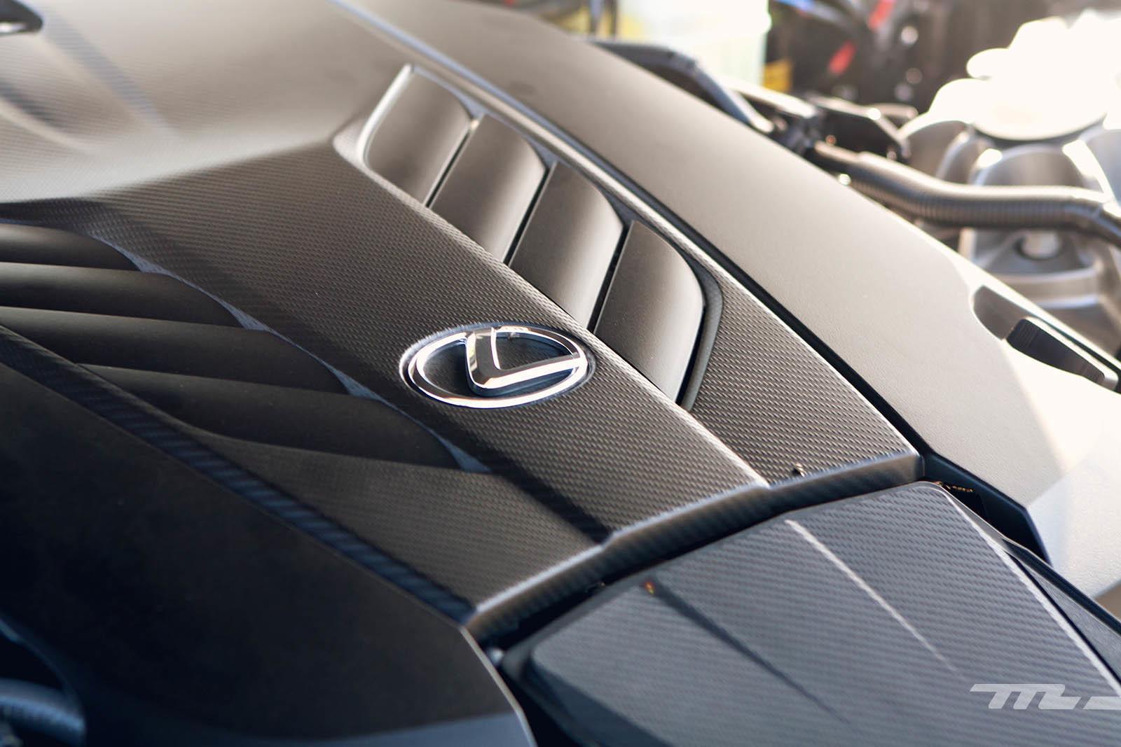 Foto de Lexus LC 500 (32/40)