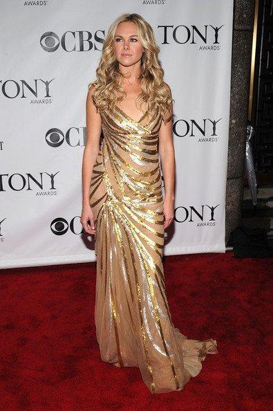 Todas las asistentes a los Tony Awards 2010: Laura Bell Bundy
