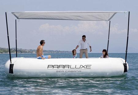 Parrluxe o cómo disfrutar del mar en una carpa flotante
